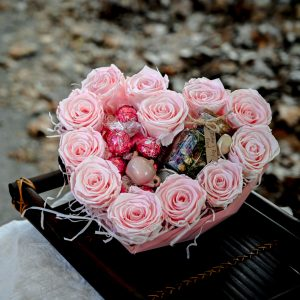 Signature Tea Blend, Lindt Chocolates & Roses in Heart-Shaped Box
